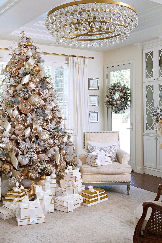 35 Pretty Christmas Living Room Ideas to Get You R