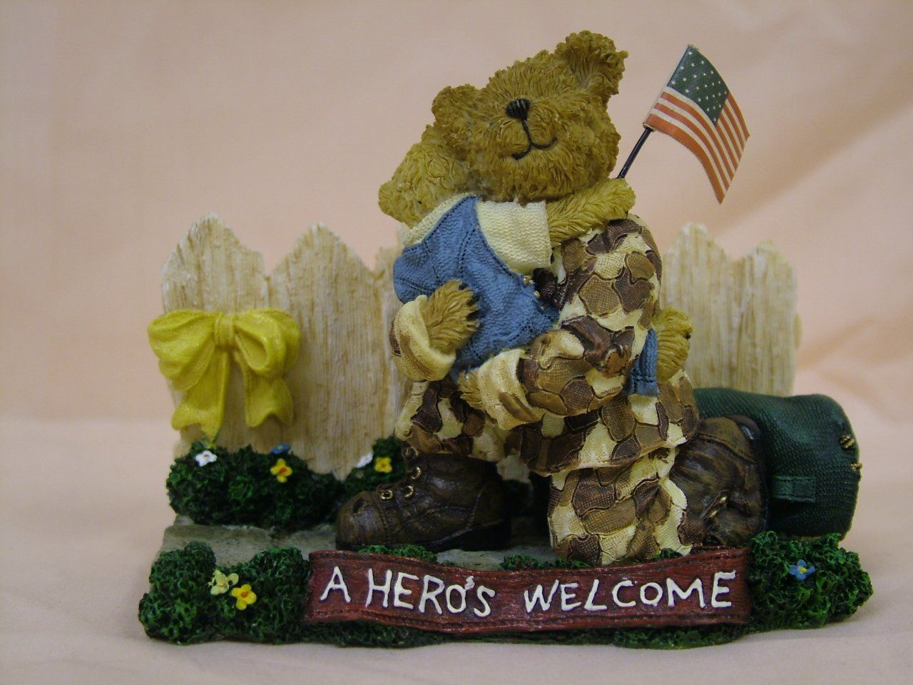Amazon.com - Boyds Military Bear Greg with Mattie A Hero's Homecoming 228482 - Collectible Figurines+