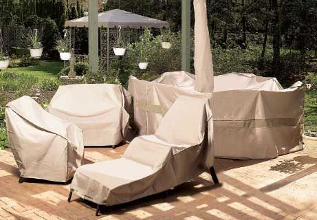 Helpful Winter Storage Tips For Outdoor Furniture