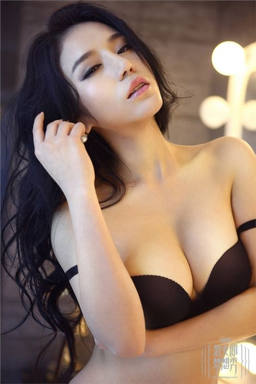 Beautiful Asian Teen Model Models