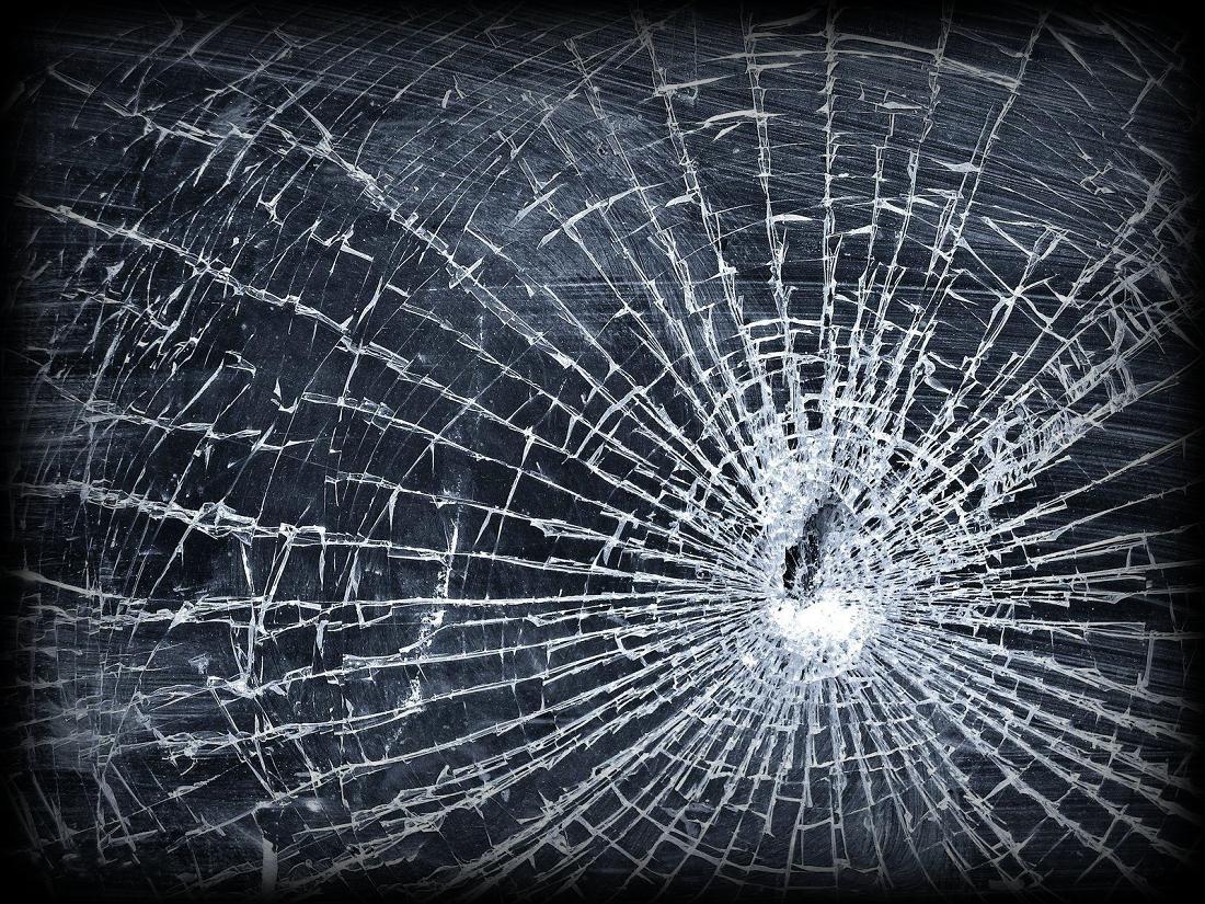 Alternative Cracked Screen Broken Screen Wallpaper Broken Glass Wallpaper Cracked Screen