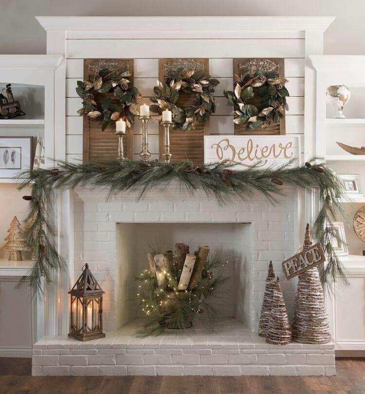 Magnolia wreath  Christmas  Christmas decorations