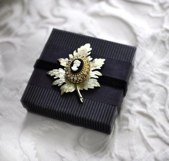 Bride Keepsake Box, Maid Of Honor Gift, Cameo Brooch