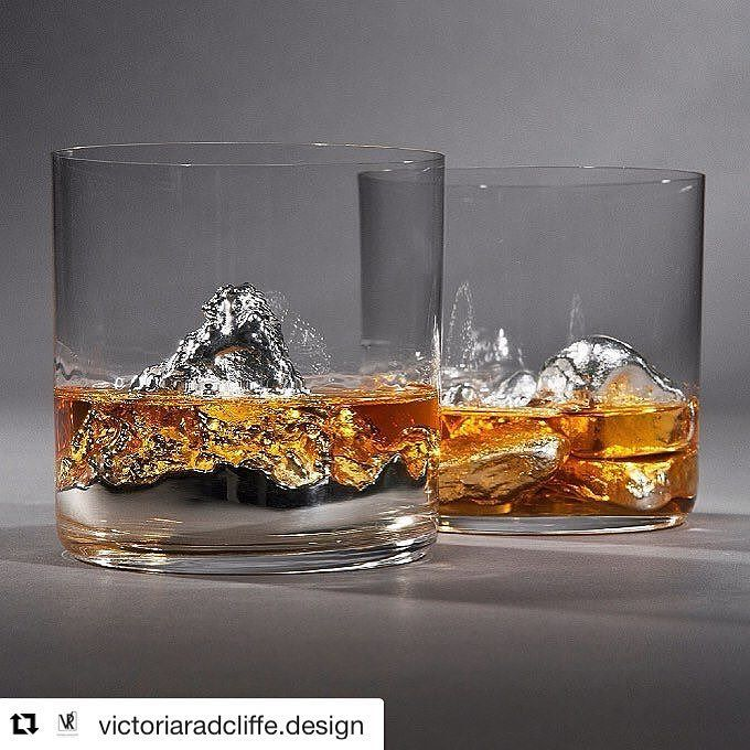 Whiskey on the Rocks - fantastic work by a former student from Sheffield.  She's exhibiting at One Year On at New Designers in 2weeks pop by & say hi if you're going (she's also very lovely!!)