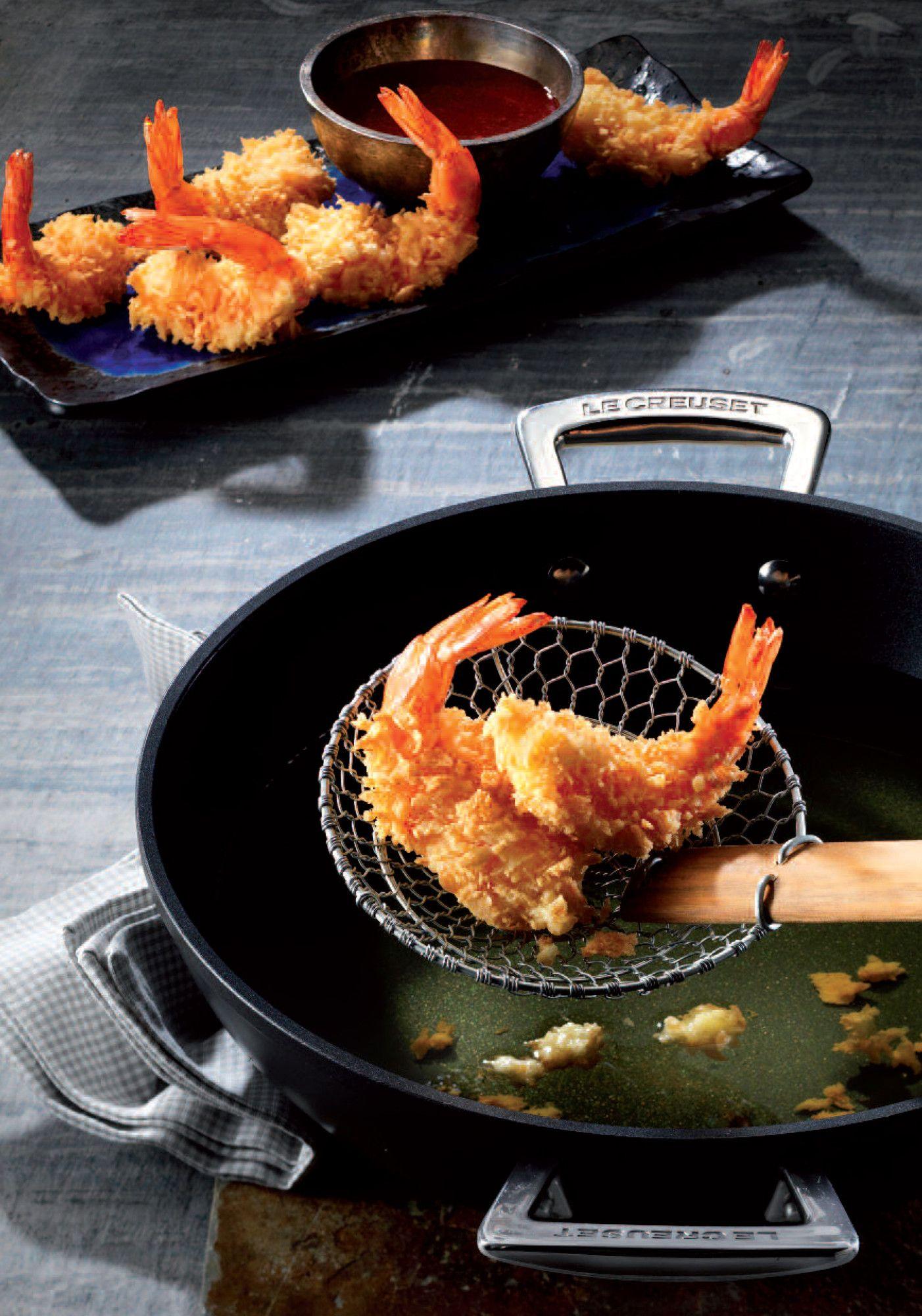 Cena giapponese: tempura di gamberi! Tegame basso in alluminio forgiato @LeCreusetItalia #food #cucina #cucinagiapponese #tempura #gamberi #prawn