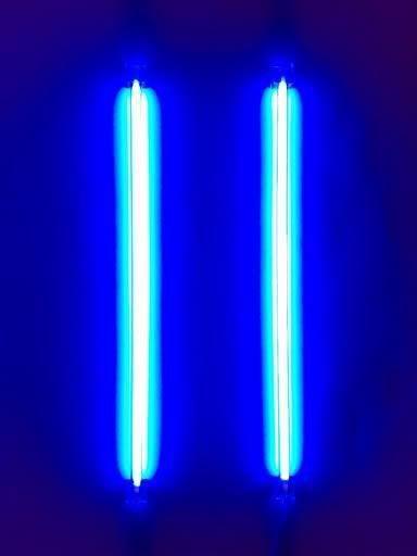 blue neon lights blue bleu azul blue pinterest neon lighting neon and lights. Black Bedroom Furniture Sets. Home Design Ideas