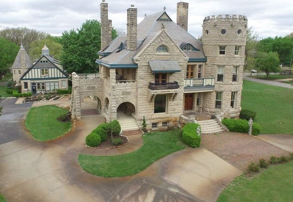 1155 N River Blvd Wichita Ks 67203 Is For Sale Zillow Abandoned Mansion For Sale Mansions For Sale Abandoned Mansion