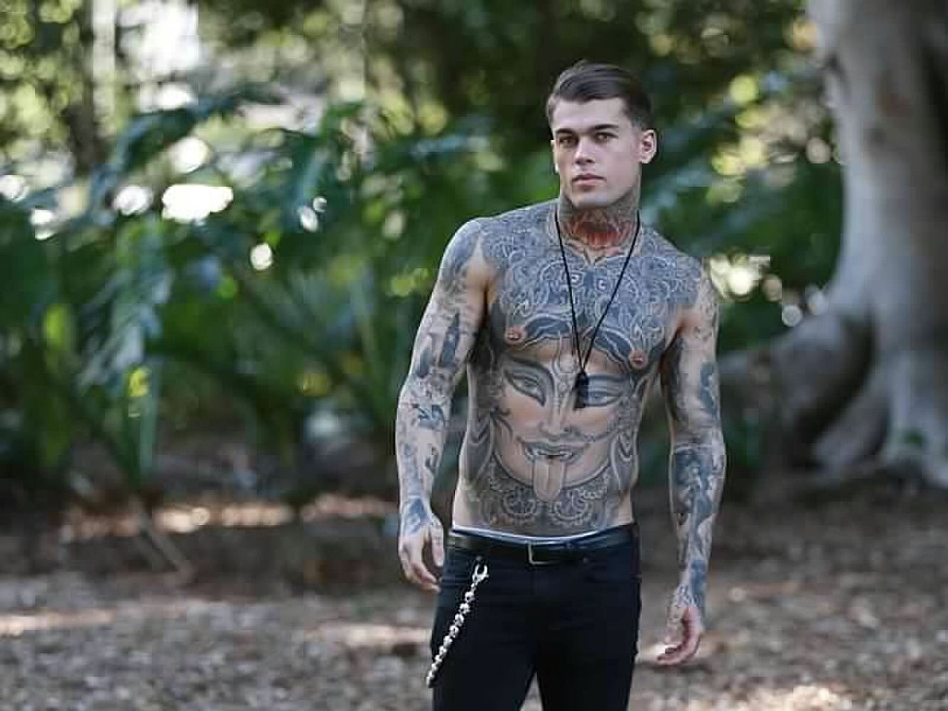 Stephen James Stephen james, Stephen james model, Chest