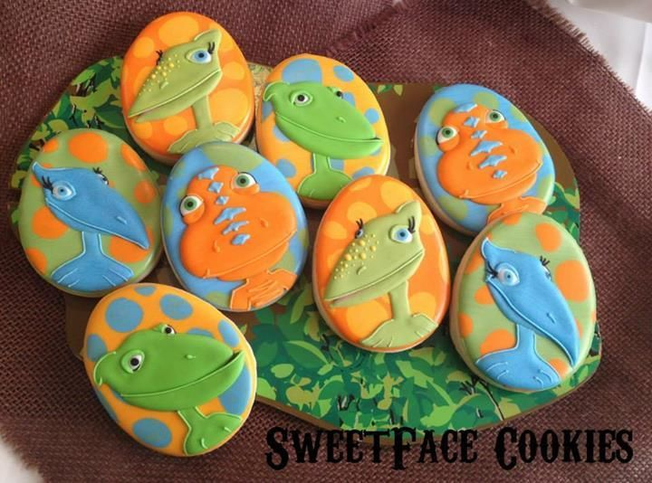 creative cookie decorating with egg cutter - Bing Images. Dinosaur CookiesDinosaur  Train ...