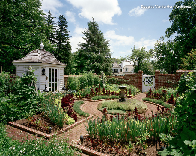 Traditional Potager Kitchen Garden In Colonial Williamsburg Style With Potting Shed And Brick Wall Farmhouse Landscaping Colonial Garden Cottage Garden