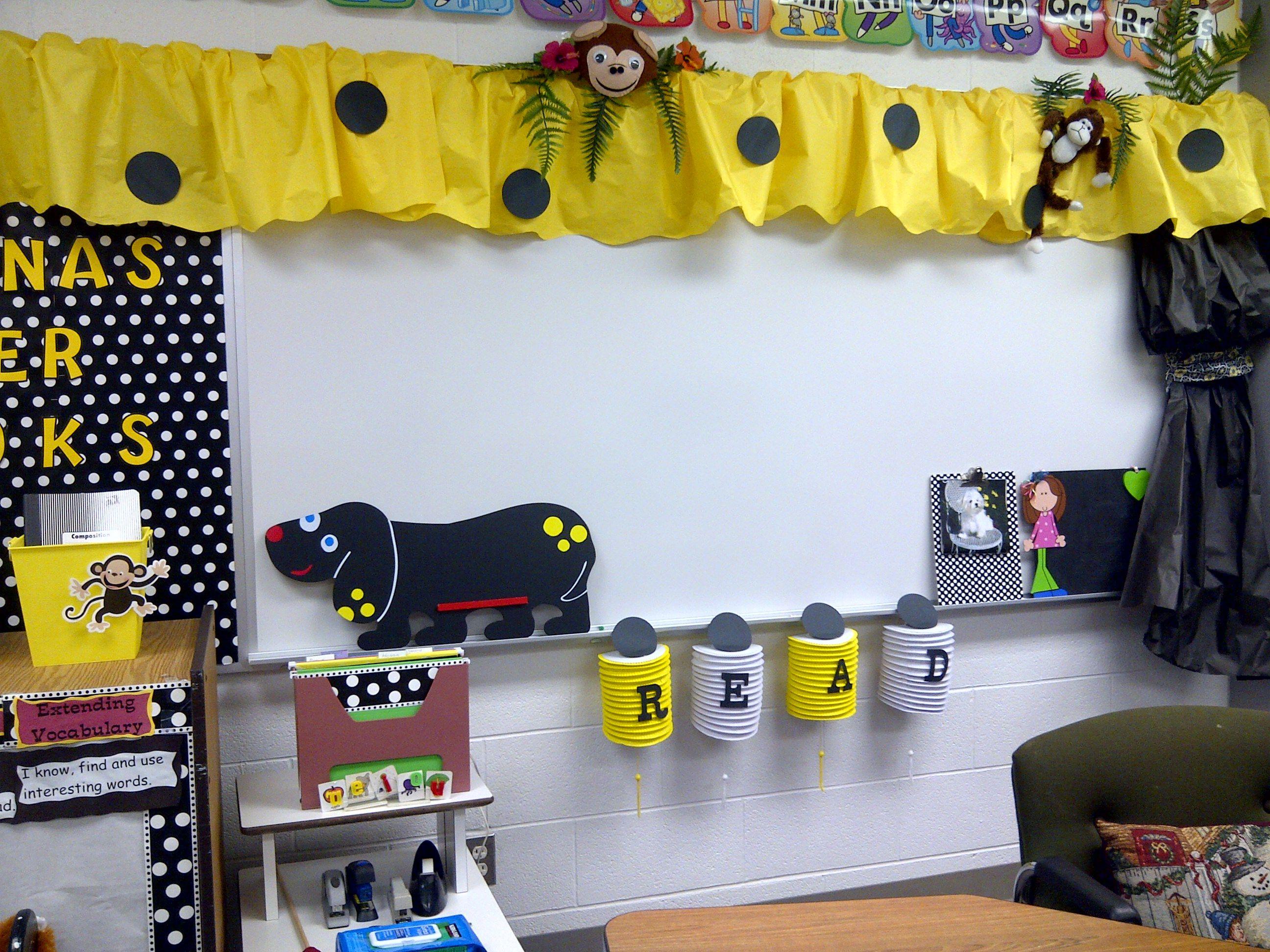 Yellow Classroom Decor : Reading classroom classroom ideas pinterest whiteboard bees