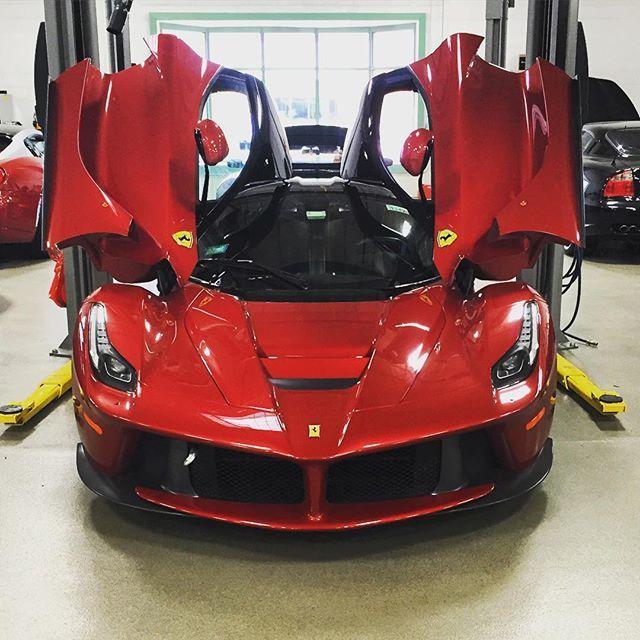 Alphalife Me Learn About Become The Absolute Best Ferrari Laferrari Ferrari Sports Car
