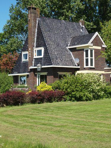 Amsterdamse School, Hayemaheerd Zuurdijk, Architect Willem Reitsema