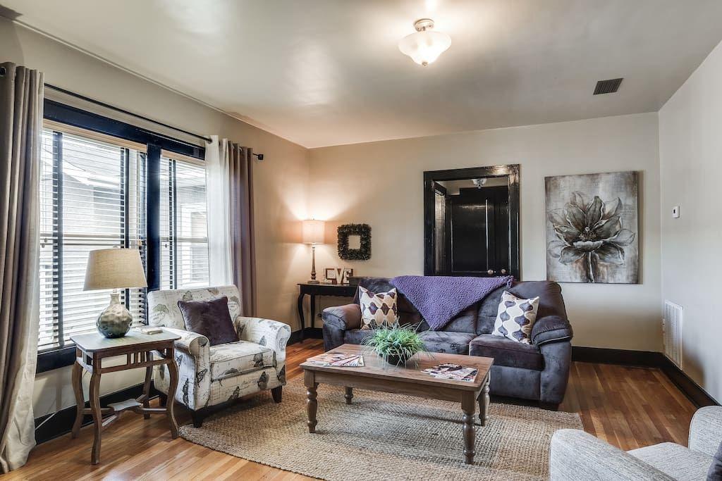Entire home/apt in Nashville, US. Our 1BR/1BA condo is