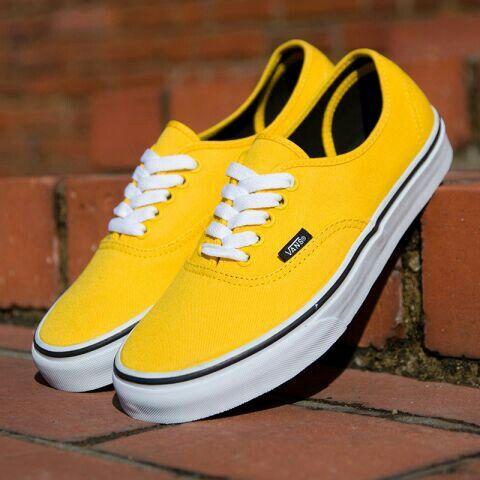 Yellow Vans | Turnschuhe, Farbe gelb, Lieferwagen