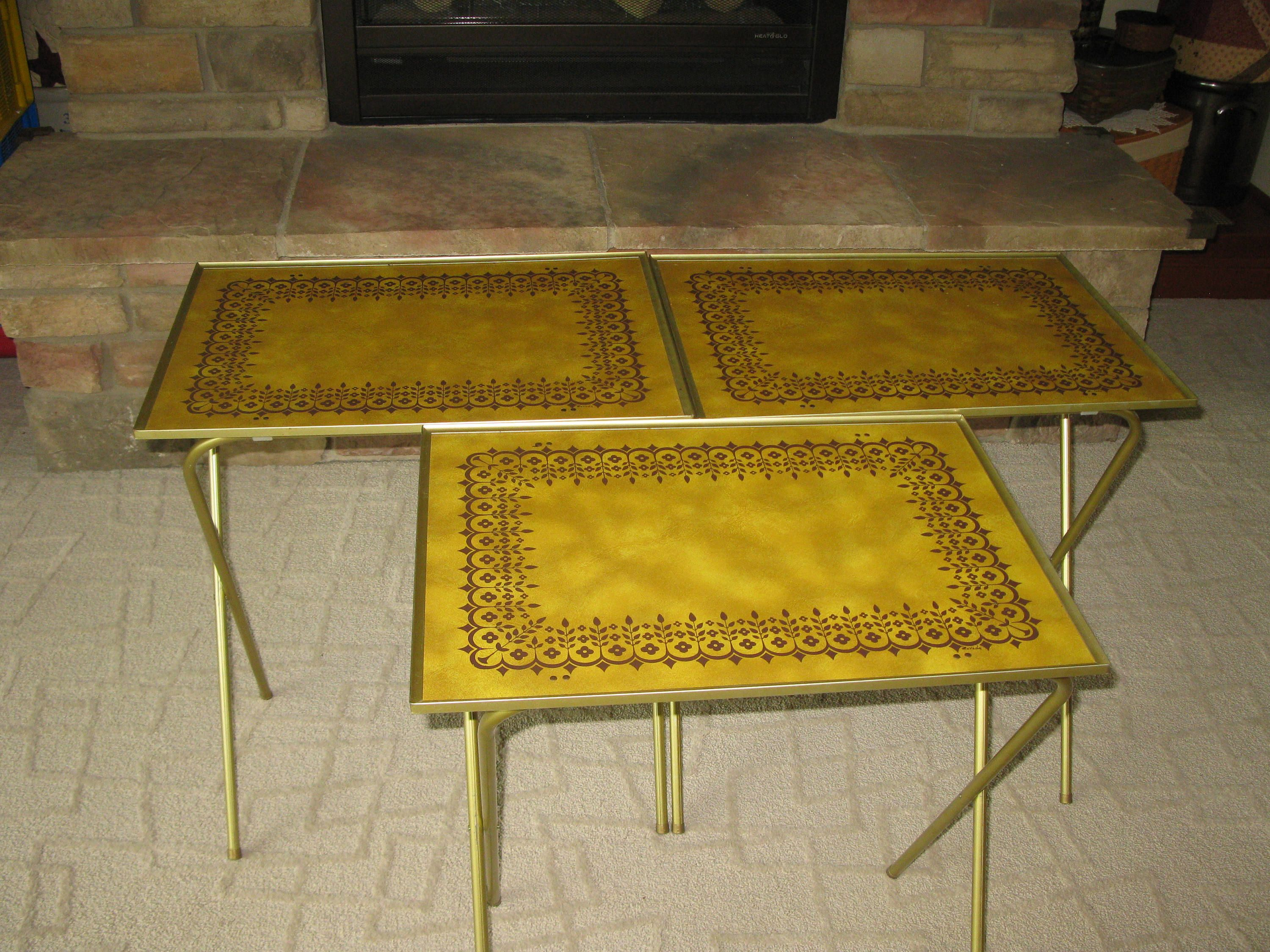 1960s TV Trays  (set Of 3)   Lavada  Gold Faux Leather Wood Masonite   Folding Trays  Folding TV Table  Foldaway Table Retro Tv Trays Vintage