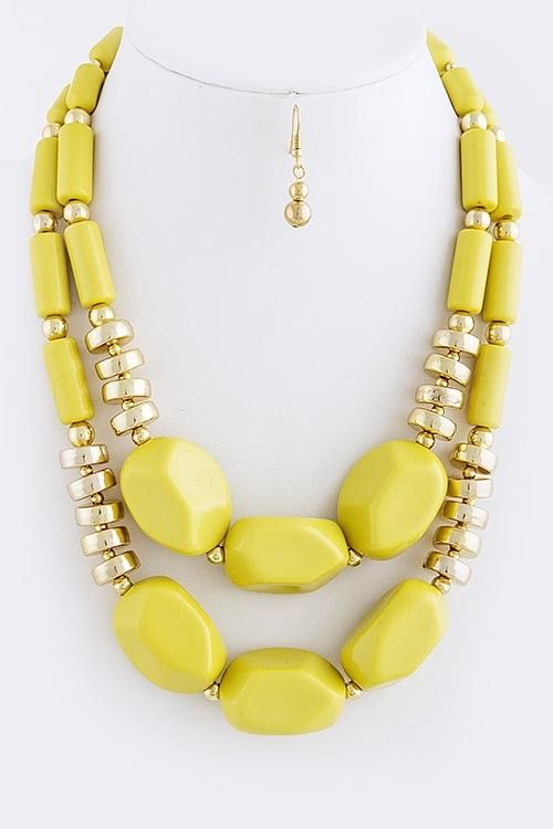 Yellow Statement Necklace / Yellow Necklace / Yellow and Gold Statement Necklace / #yellow #necklace #accessories