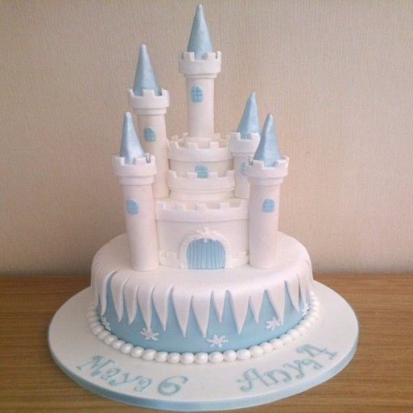 couple cakes blue icing and white icing then instead of fondant marshmallow and white chocolate