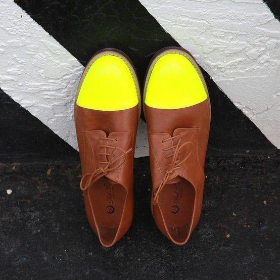 Men's Neon Cap Toe Oxford
