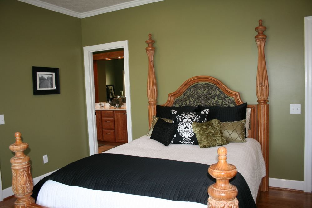 How Olive Green Accent Wall Bedroom Http Www