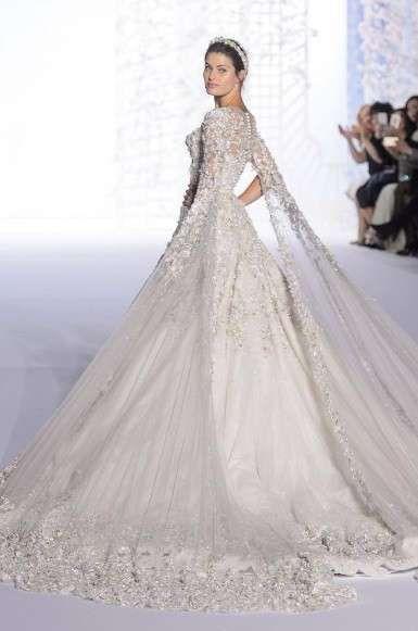 Vestiti da sposa Haute Couture Primavera-Estate 2016 - Abito da sposa ampio  Ralph   Russo f8bdcfac9db