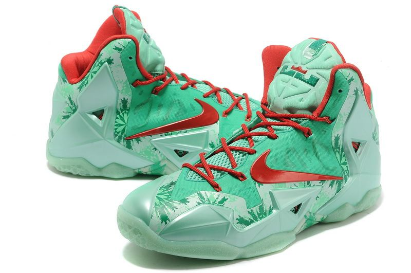 Nike LeBron 11 `Christmas` 2014 Basketball Shoes by Sophie Moore on Luuux