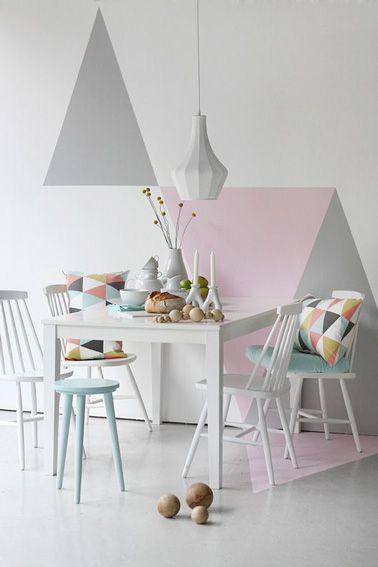 Des Triangles Pastel Roses Et Gris Pour Peindre La Salle A Manger
