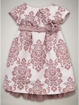 sweet party dress that my girl would love to wear every single day...because she's a princess, you know :)