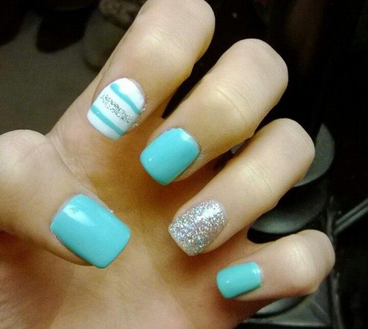 Tiffany Blue Nail Art: Cute Tiffany Blue Nails