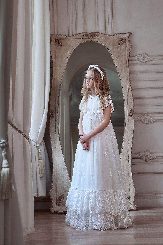 Flower Girl Dresses White Lace Top Mint Tulle Skirt Flower Girl Dress With Long Sleeves In 2021 First Communion Dresses Ivory Flower Girl Dresses Communion Dresses [ 1313 x 875 Pixel ]