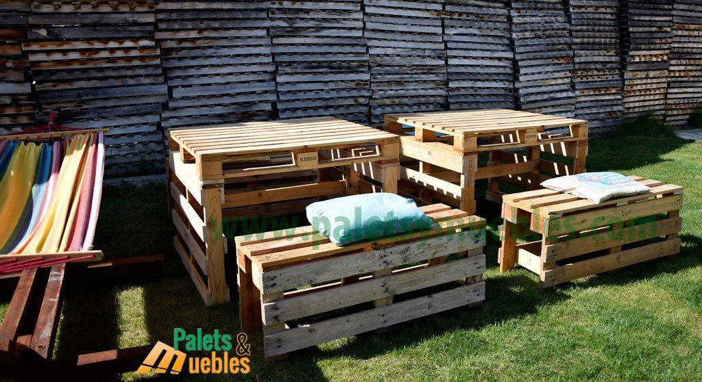Mesa y banco con palets estos muebles hechos con palets - Muebles de jardin con palets ...