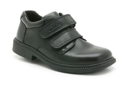 clarks boys black shoes