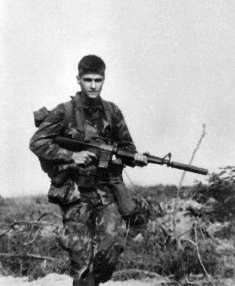 US Army Long Range Reconnaissance Patrol in Vietnam. Note