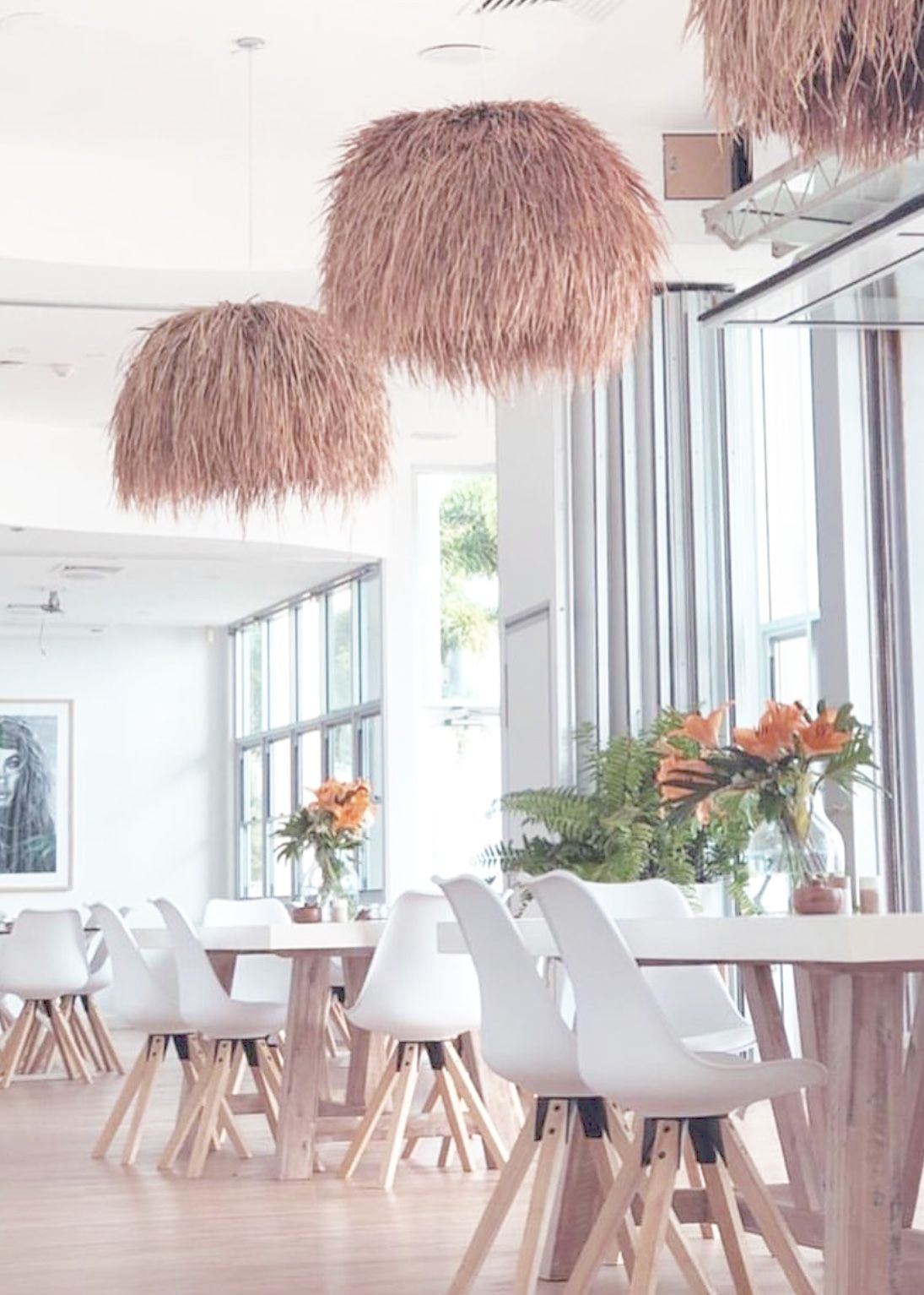 White Ivy Lounge And Bar On The Sunshine Coast Queensland Featuring Uniqwa Collections Kusila Pendant Lights In 2019 Pendant Lighting Lighting Coastal Style