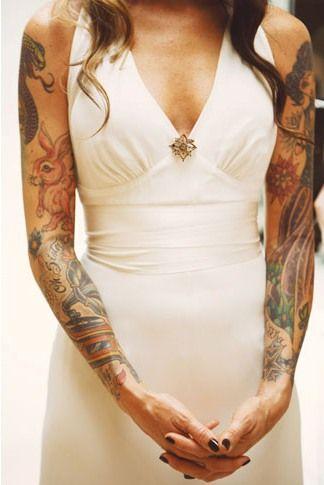 vestido de novia: la vendimia Celine, // zapatos de la novia: Jeffrey Campbell //