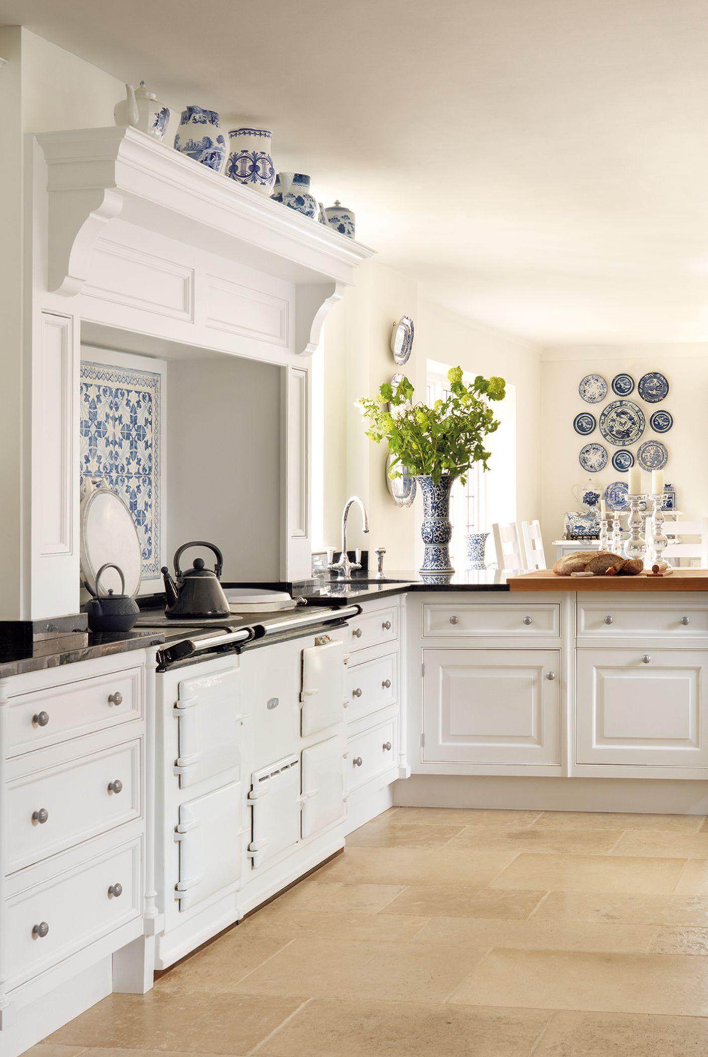 1 smallbone of devizes 2c pilaster 2c kitchens 2c classic 2c hand ...