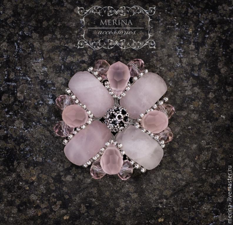 """Купить Брошь """"Нежность"""" - бледно-розовый, розовая брошь, розовый кварц, брошь из камней"""