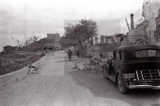Belchite viejo  1937 republicano lafototeca.com Image : efespsix940106