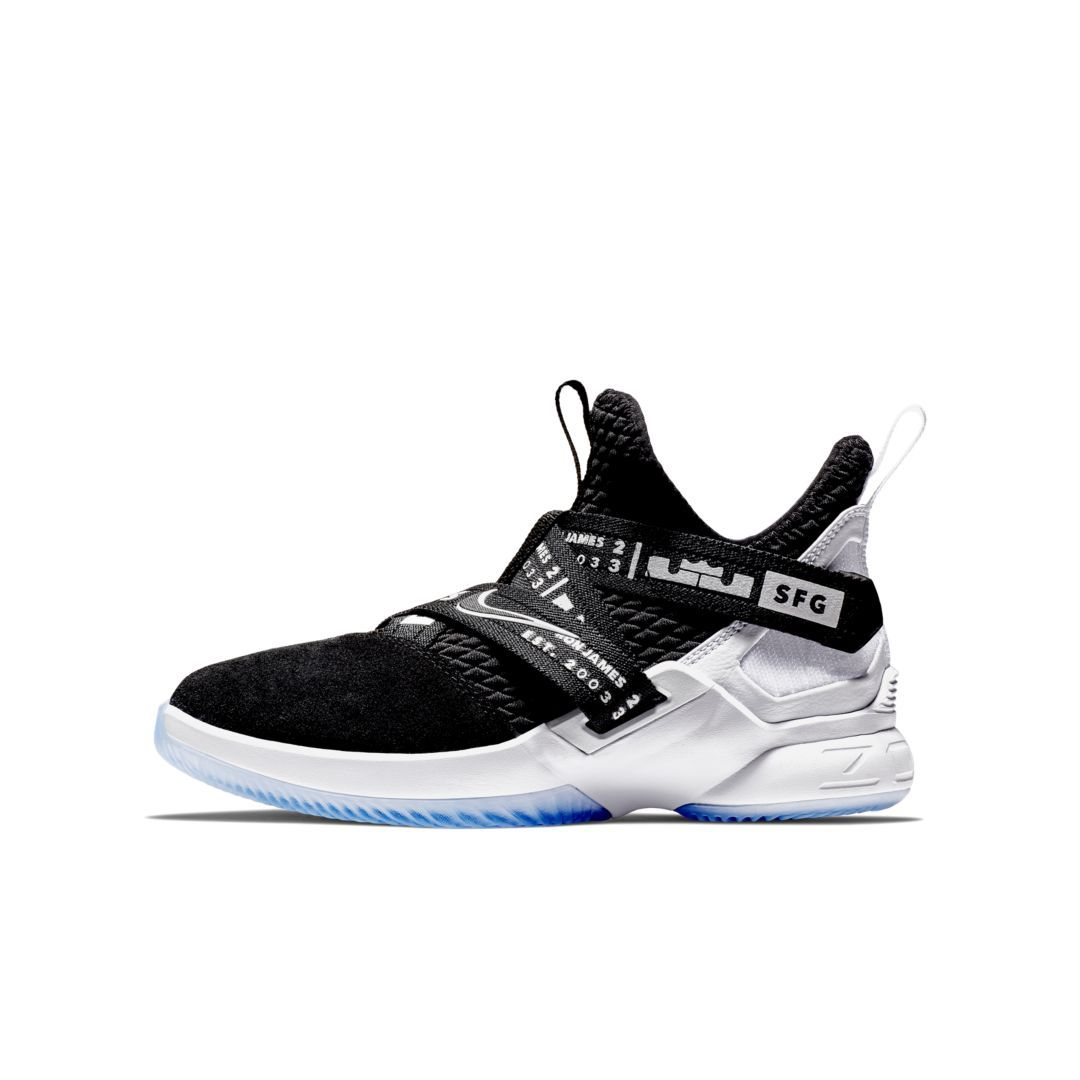 hot sales 2c53c fc946 LeBron Soldier XII Big Kids  Basketball Shoe Size 4.5Y (Black)
