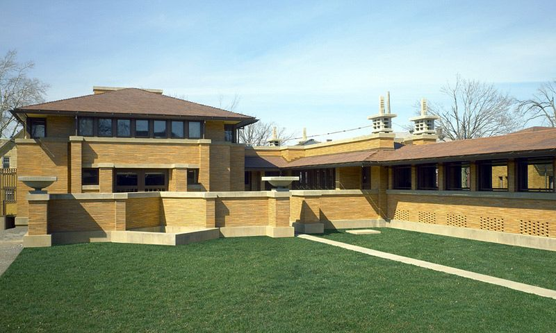 The Carriage House | Frank Lloyd Wright's Martin House Complex :: Learn : Visual Tour