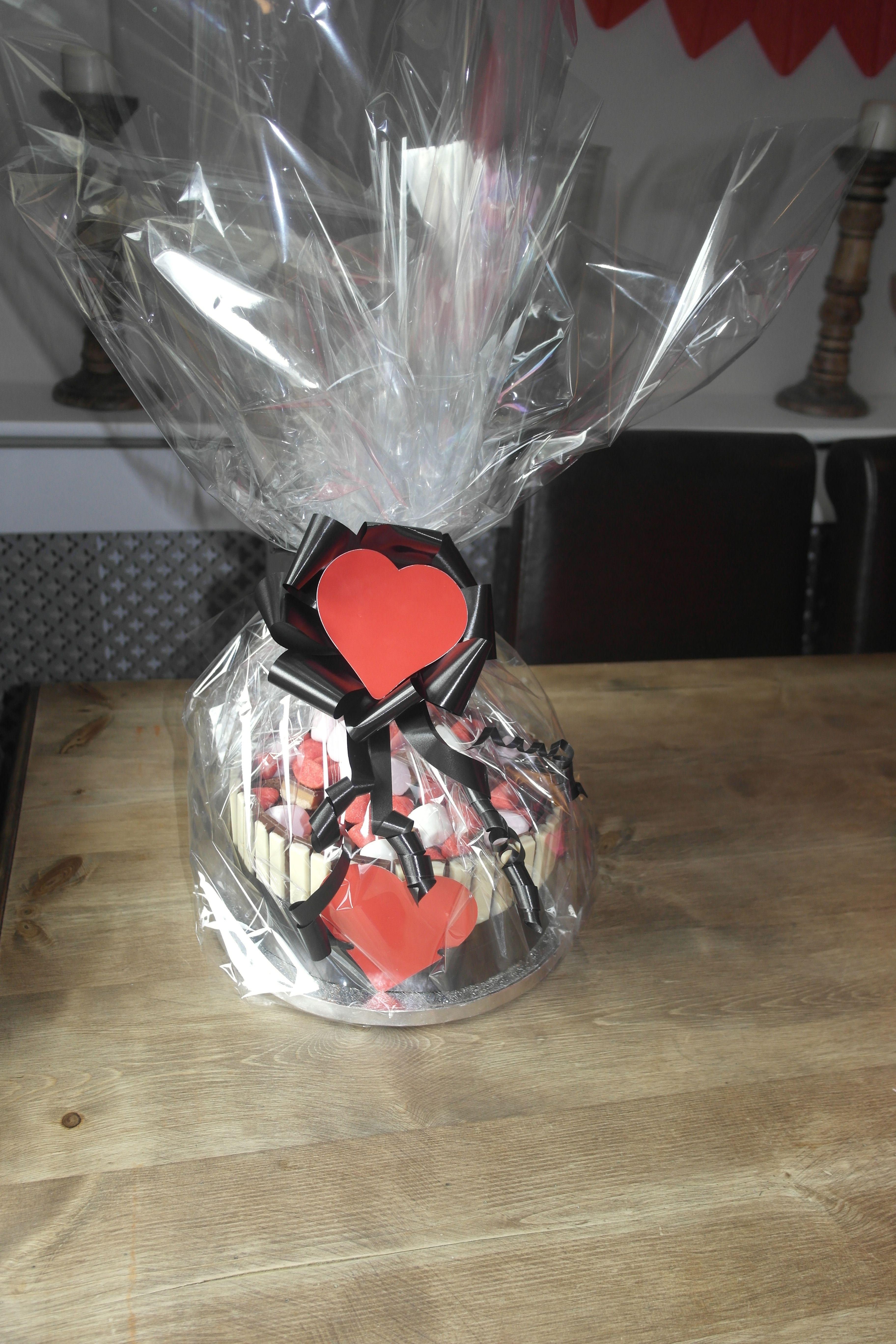 Valentines sweet cake