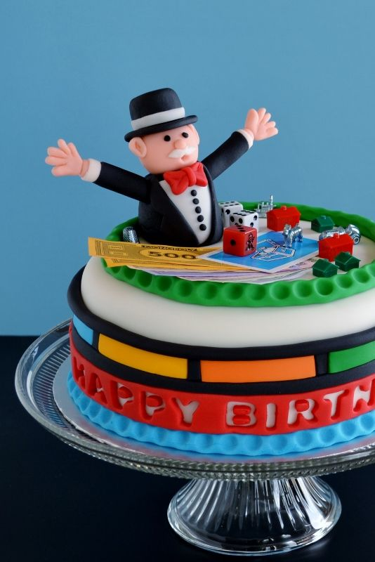 #Pastel de #Monopoly, ¿jugamos? de @Jenny Brooks Walker (Cakewalker) #Fondant #Creatividad #Receta