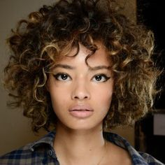 Locken Und Bob Schnitt Frisuren Pinterest Curly Hair Styles
