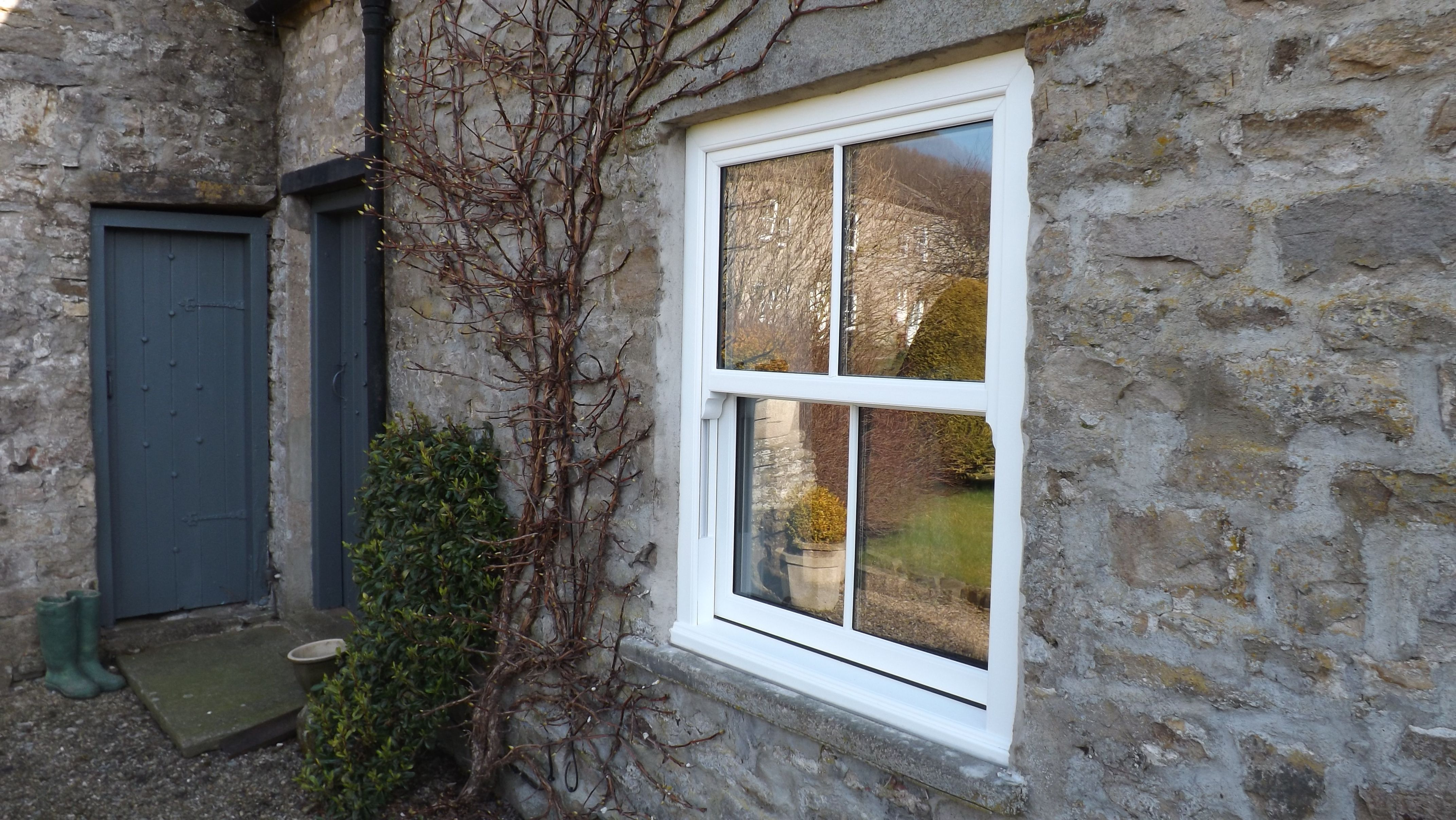 Vertical sliding sash windows here were approved for planning house planetlyrics Gallery