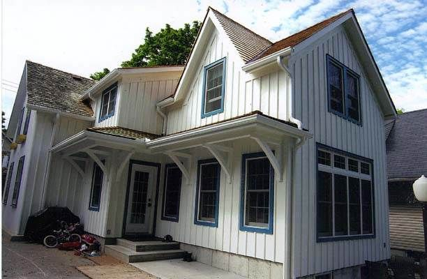 Board And Batten Siding Lowes Small House Exteriors House Siding Board And Batten