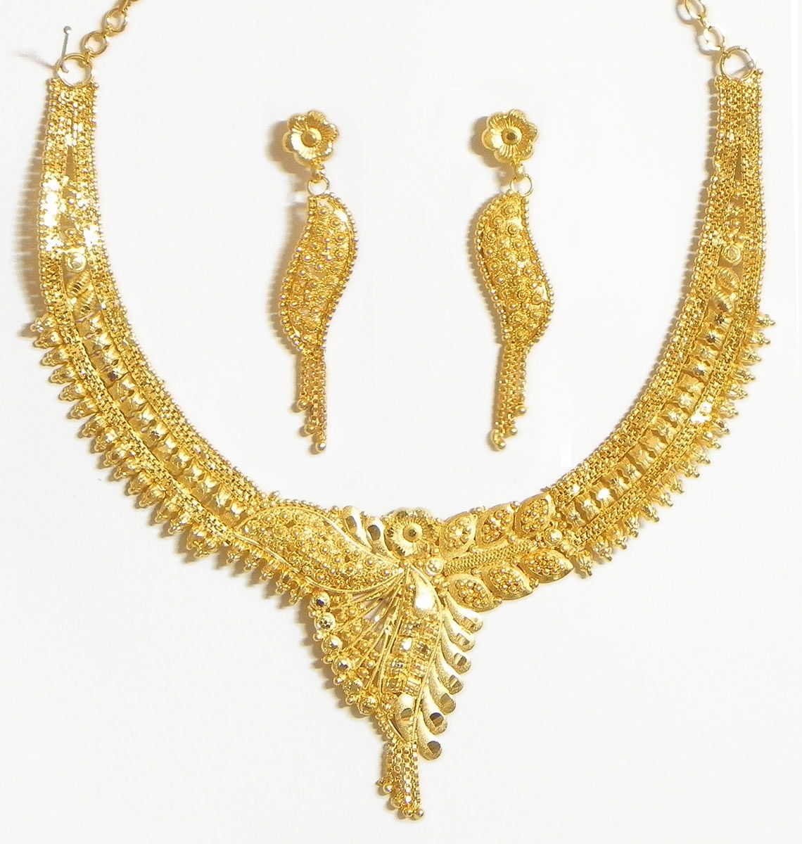 Gold Plated Bridal Necklace Set   Indian bridal jewelry, Indian ...
