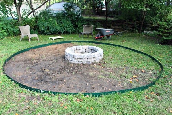 Pea gravel patio around firepit google search backyard for Gravel around fire pit