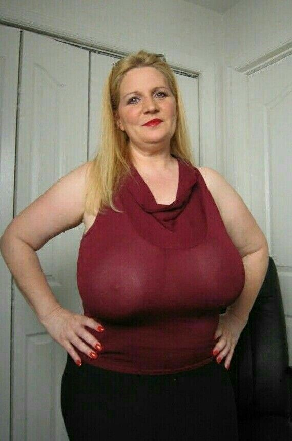 Mature Bbw Super Frau Full Figured Bigger Breast Sexy Big Melons