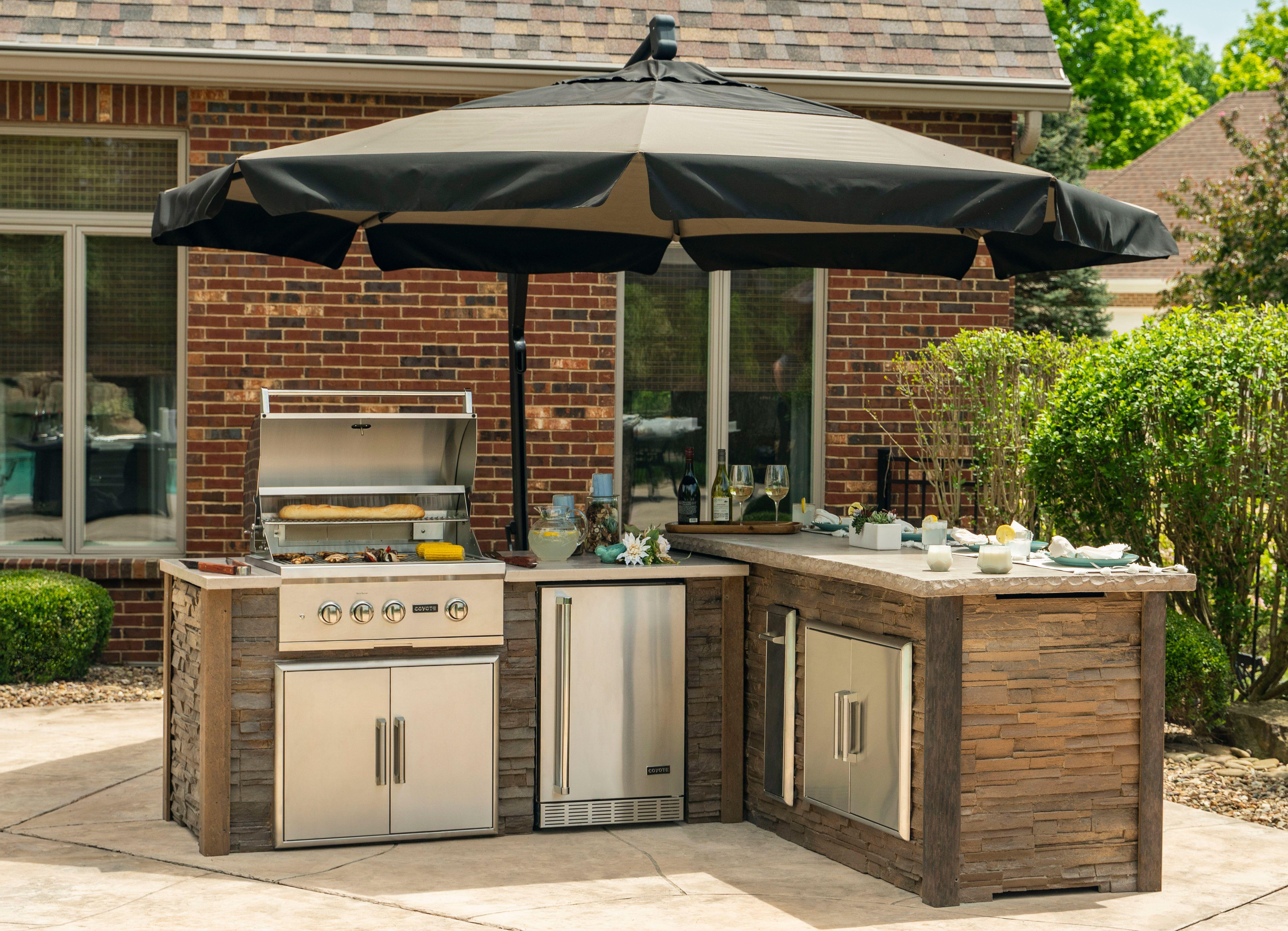Home Coyote Outdoor Living Luxury Outdoor Kitchen Outdoor Kitchen Outdoor Living