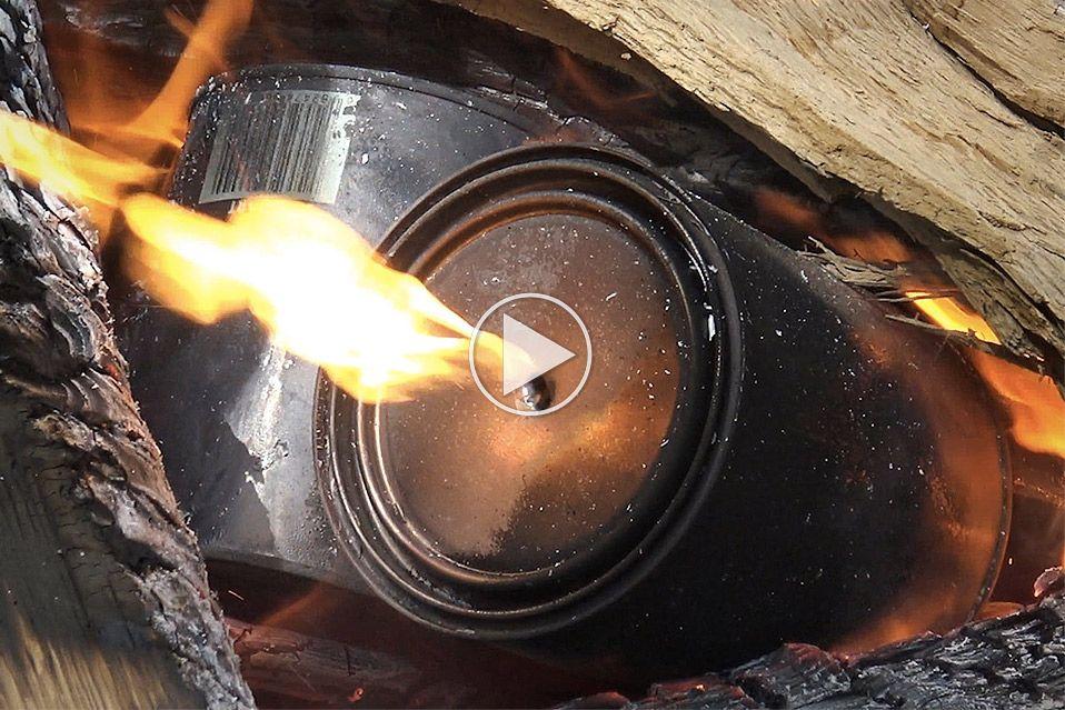 Sådan laver du dine egne grillkul ved hjælp af malerbøtter
